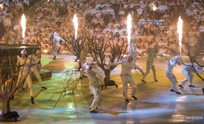 Яркое шоу завершило водный чемпионат мира в Казани