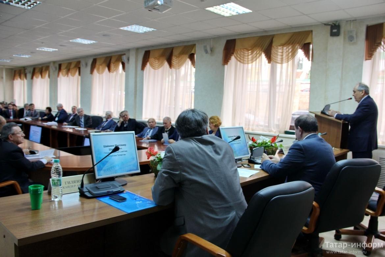 Минтимер Шаймиев принял участие в конференции, посвященной первому президенту АН РТ Мансуру Хасанову