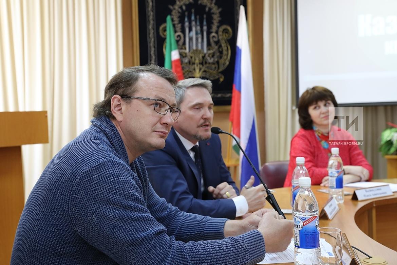 Пресс-конференция М.Башарова и В.Вержбицкого в Казгуки по поводу приема в академию Н.С. Михалкова