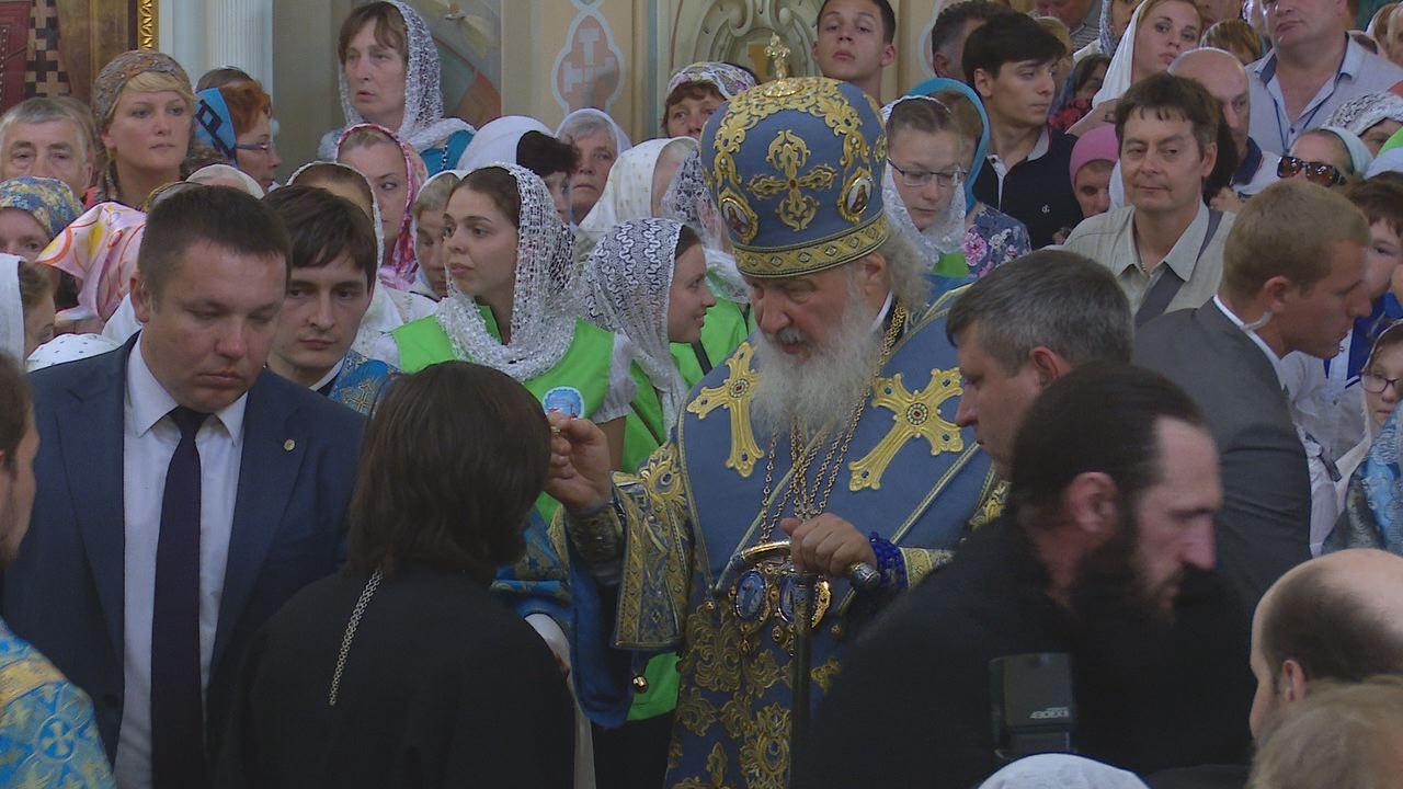 Вечернее богослужение патриарха Кирилла в Свияжске