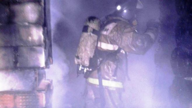 На пожаре в доме в Альметьевском районе пострадал 33-летний мужчина